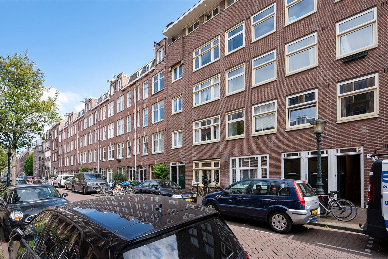 Bekijk foto 2 van Van Boetzelaerstraat 71 II