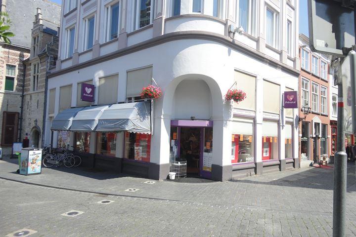 Steenbergsestraat 2, Bergen op Zoom