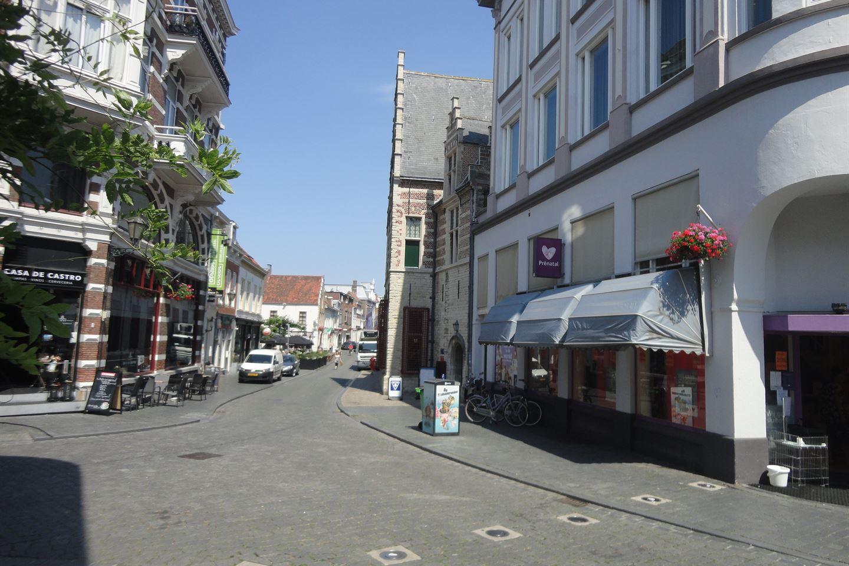 Bekijk foto 3 van Steenbergsestraat 2