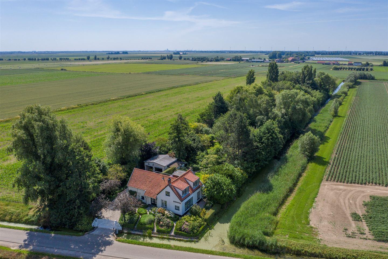 View photo 2 of Munnikenweg 14