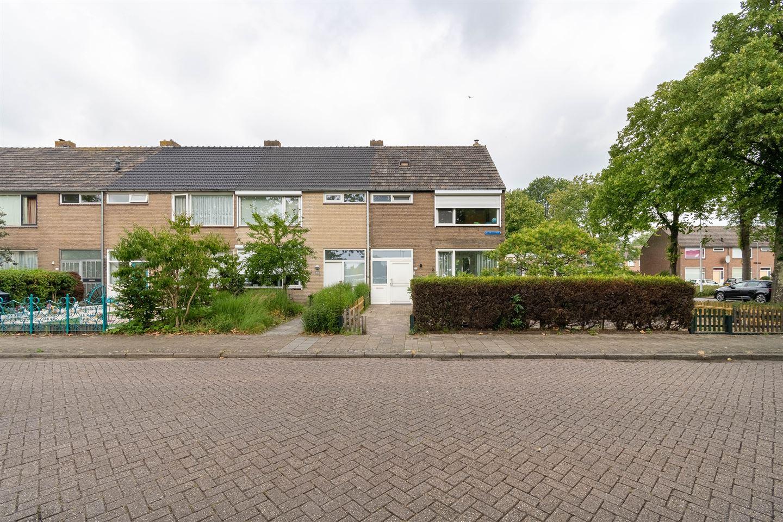 Bekijk foto 1 van Beethovenhof 152