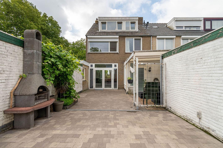 Bekijk foto 2 van Beethovenhof 152
