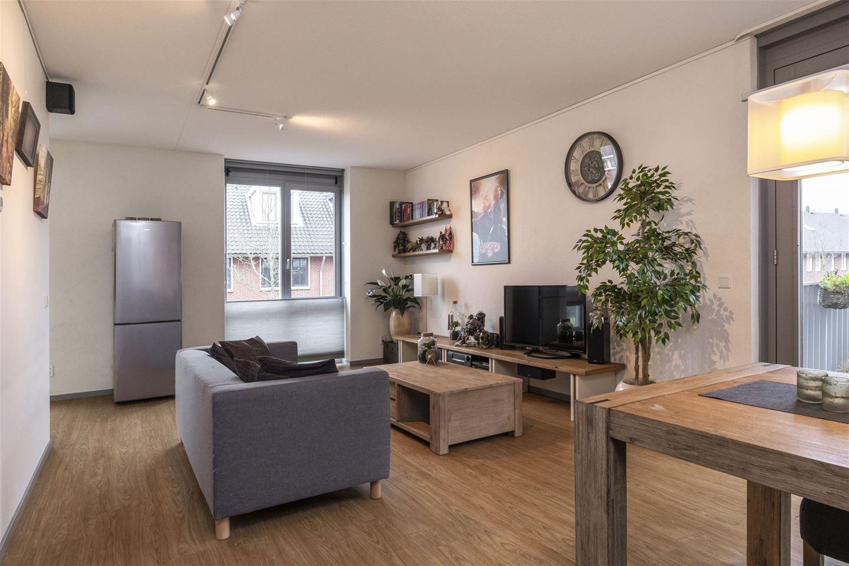Bekijk foto 3 van Pieter van Vollenhovenstraat 5