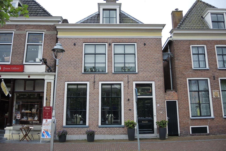 Bekijk foto 1 van Voorstraat 55 b