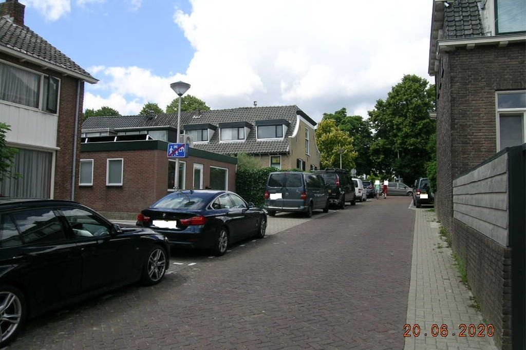 Bekijk foto 2 van Van Waningstraat 1 c