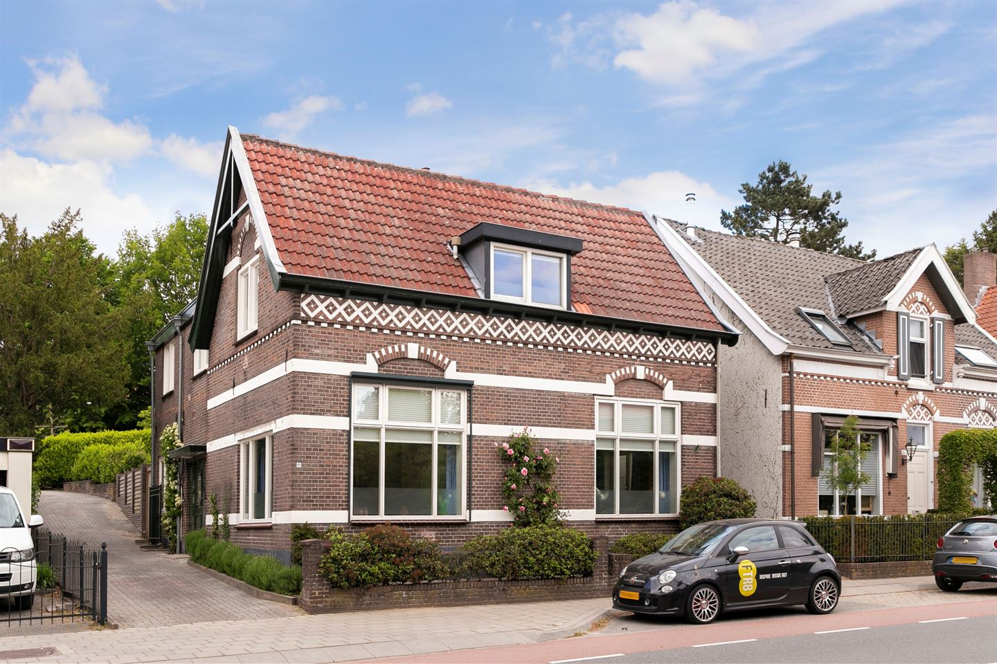View photo 1 of Herenstraat 89