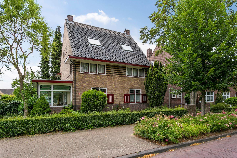 Bekijk foto 1 van St.Hubertuslaan 67