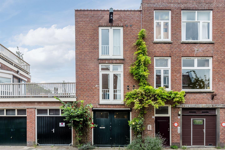 Bekijk foto 1 van Douwes Dekkerstraat 29