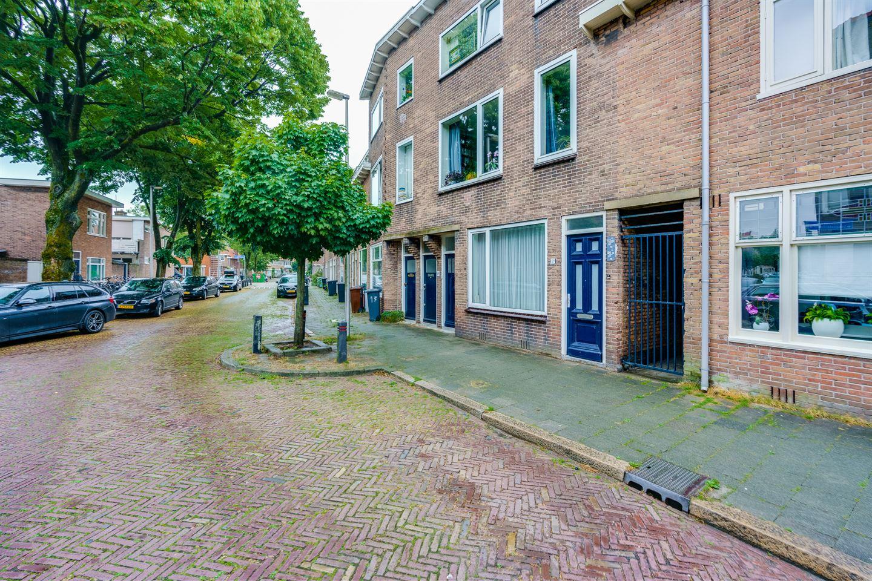 Bekijk foto 1 van Jodocus van Lodensteinstraat 11