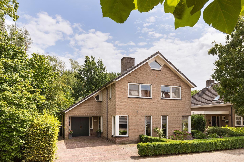 Bekijk foto 2 van Landgraafstraat 126