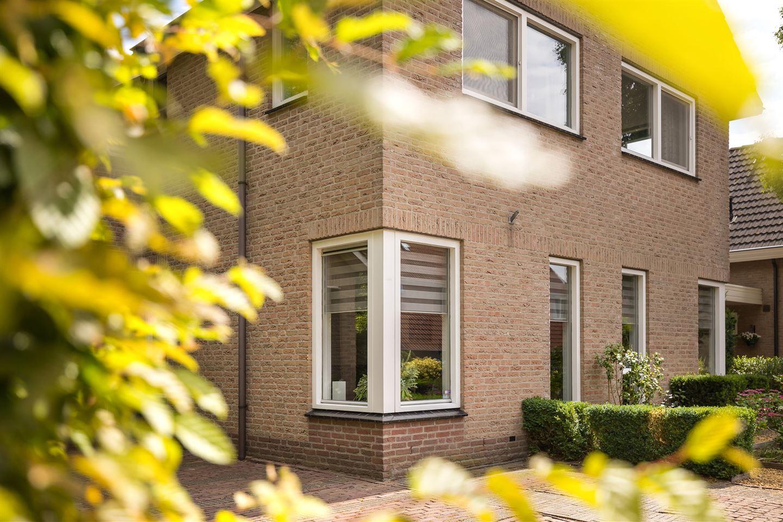 Bekijk foto 3 van Landgraafstraat 126