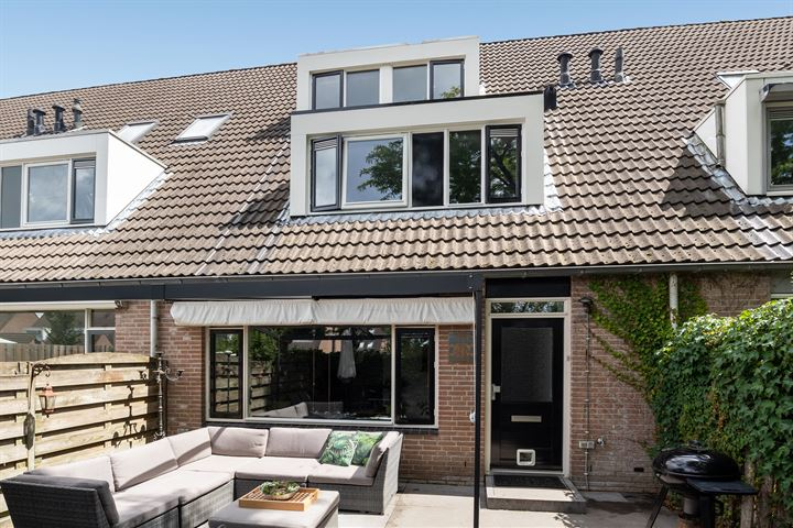 Maria van Osstraat 85