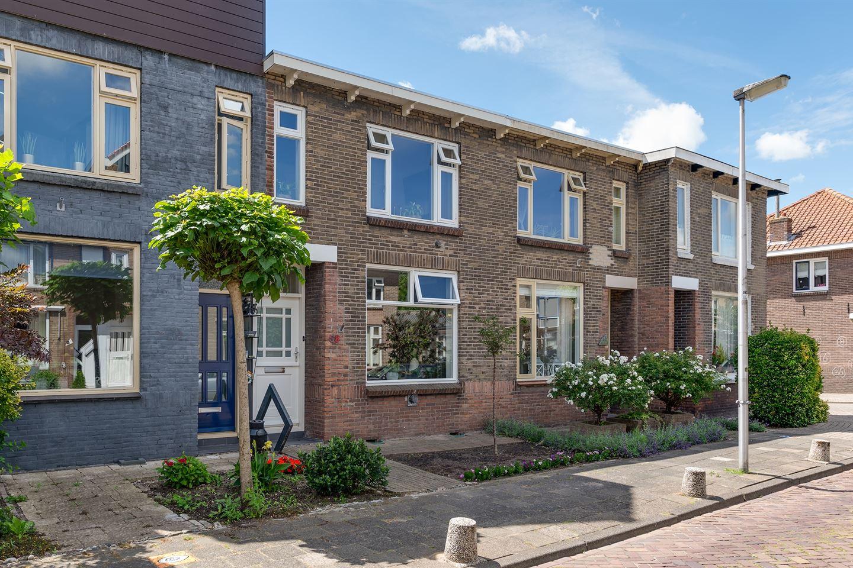 Bekijk foto 1 van Burgemeester Trooststraat 58