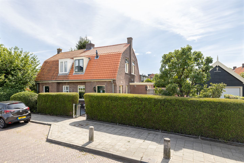 Bekijk foto 1 van Burgemeester Cambier van Nootenstraat 2