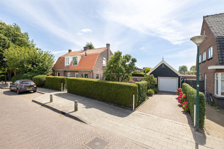 Bekijk foto 2 van Burgemeester Cambier van Nootenstraat 2