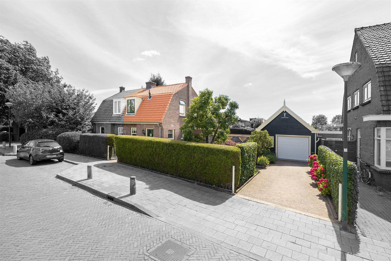Bekijk foto 3 van Burgemeester Cambier van Nootenstraat 2