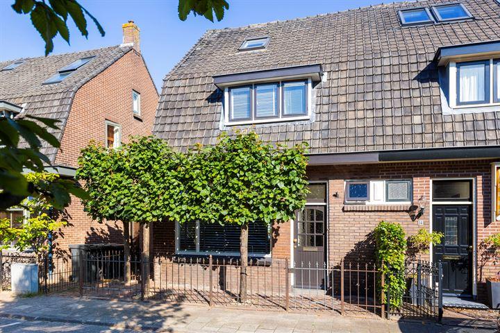 Burgemeester Egginkstraat 16