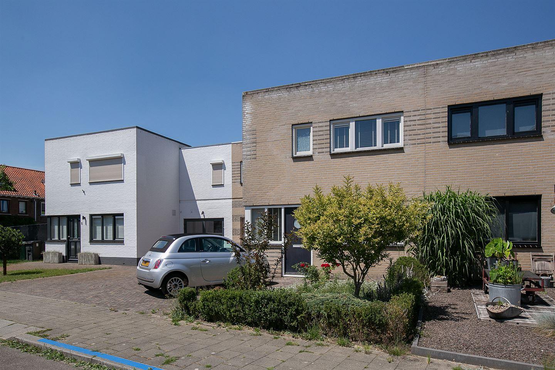 Bekijk foto 2 van Zustersstraat 3