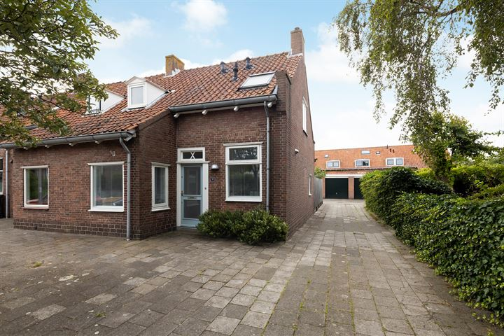 Oranje-Nassaustraat 15