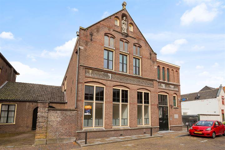 Oliestraat 22 a, Zaltbommel