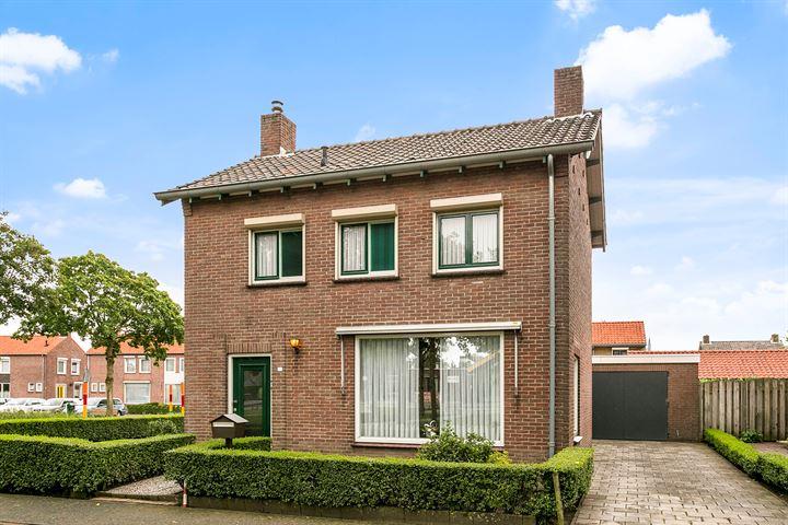 Pastoor Maasstraat 20