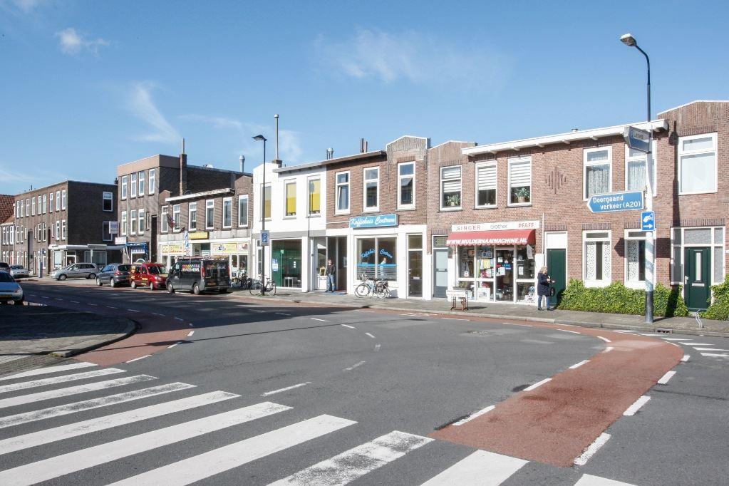 Bekijk foto 2 van van der Driftstraat 8 a
