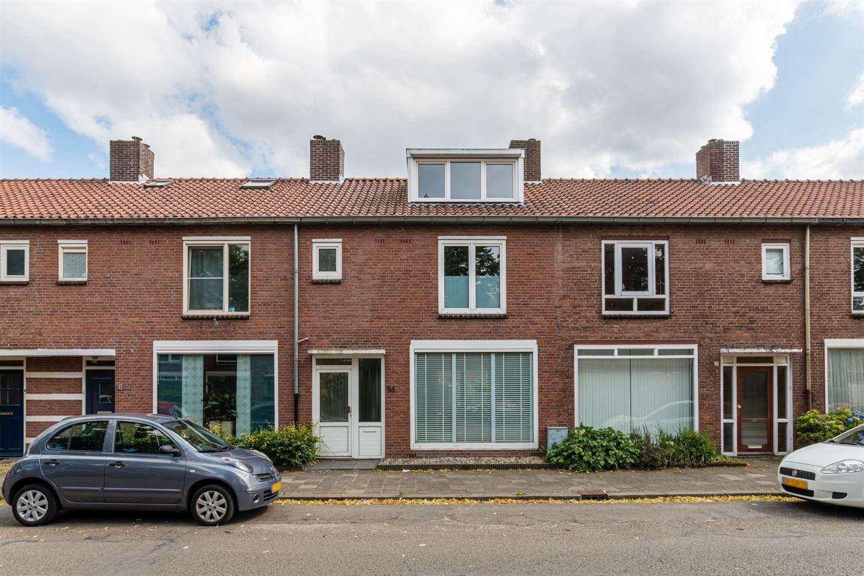 Bekijk foto 1 van Christiaan Huygensstraat 14