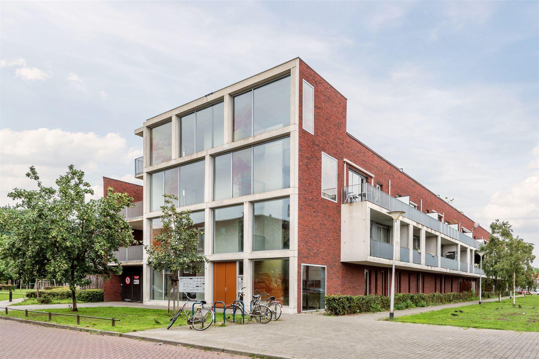 Bekijk foto 2 van Jan van der Heijdenstraat 16