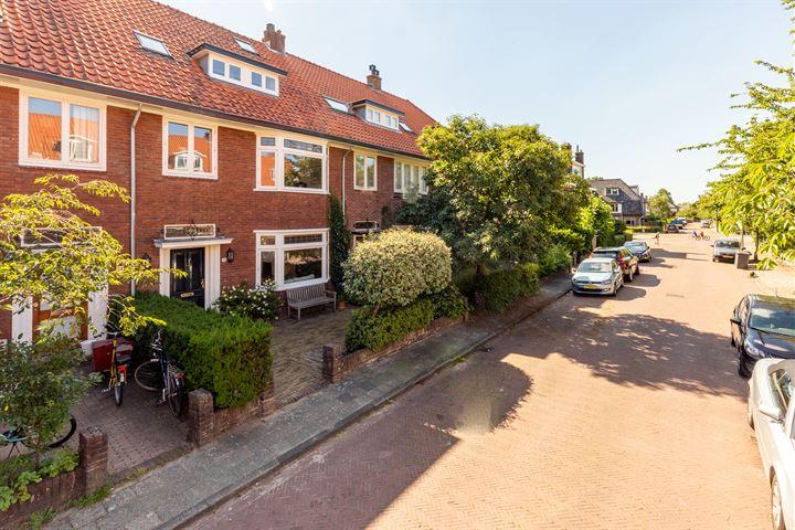 Johannes Vermeerstraat 32