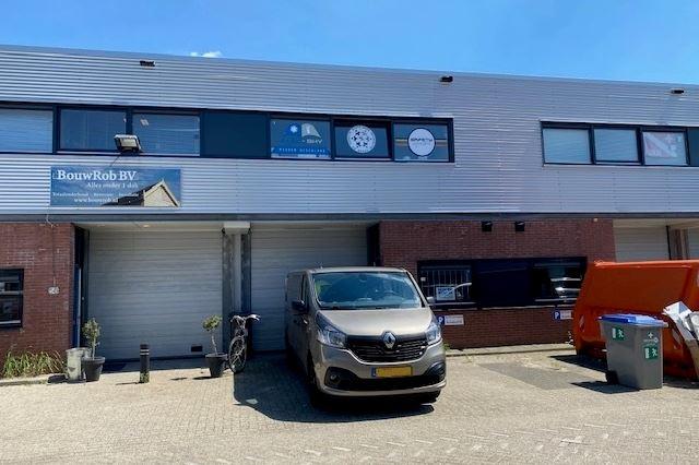 Bekijk foto 1 van De Liesbosch 56