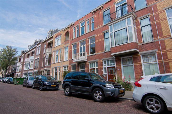 Van Weede van Dijkveldstraat 45