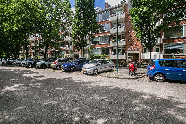Bekijk foto 2 van Karel Doormanlaan 32