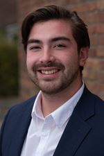Daniel Bouwens (Real estate agent assistant)
