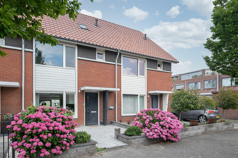Bekijk foto 1 van Marius Richtersstraat 47