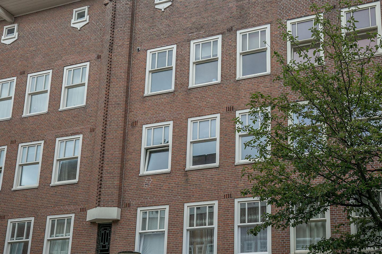 Bekijk foto 3 van Jan van Riebeekstraat 18 2