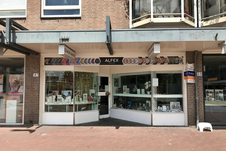 Bekijk foto 1 van Loosduinse Hoofdplein 187