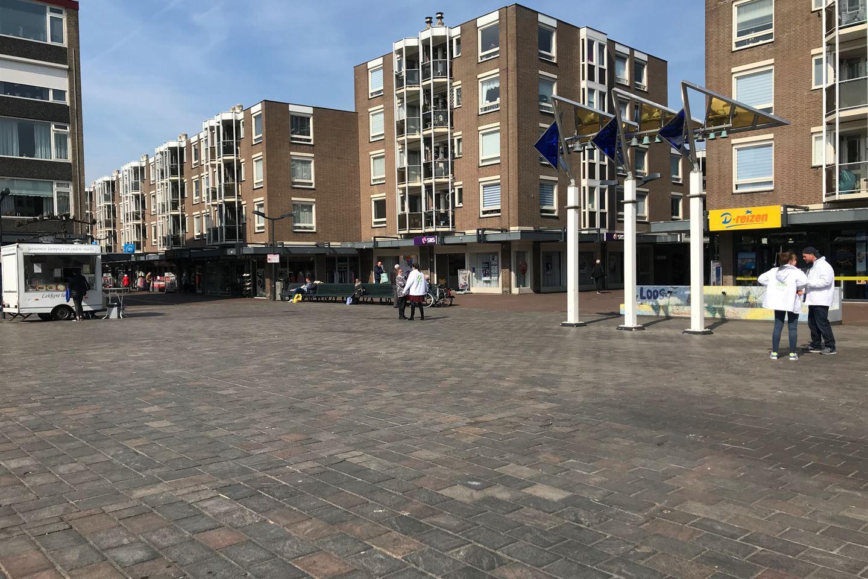 Bekijk foto 5 van Loosduinse Hoofdplein 187