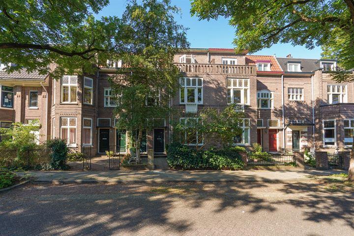 Ruisdaelstraat 8