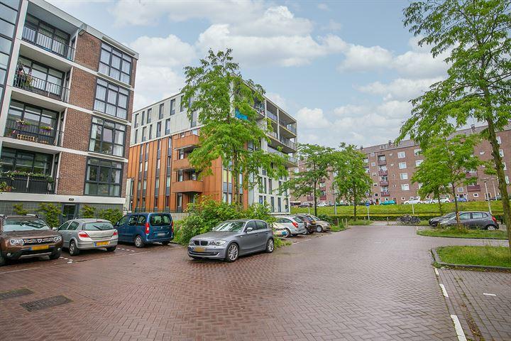 Burgemeester Röellstraat 582