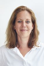 Anne-Marie Prins (Real estate agent assistant)