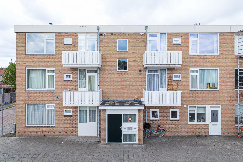 Bekijk foto 1 van Prins Bernhardstraat 33
