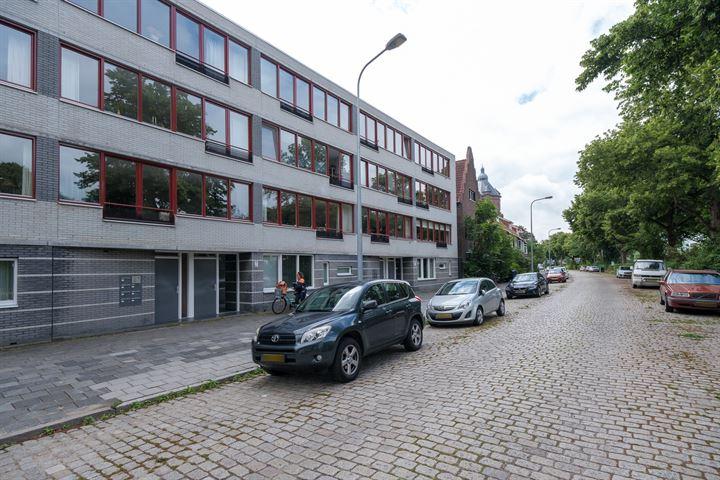 Dr. C. Hofstede de Grootkade 20 f