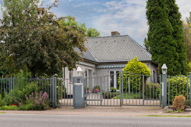 Bekijk foto 2 van Bredaseweg 42b Minderhout