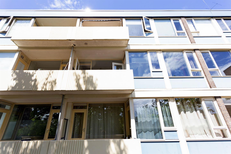 Bekijk foto 3 van Louis Bouwmeesterplein 7