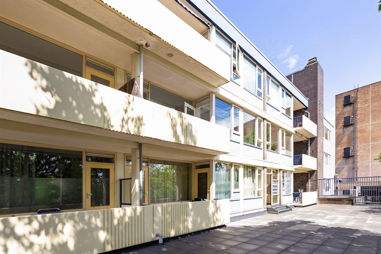 Bekijk foto 4 van Louis Bouwmeesterplein 7
