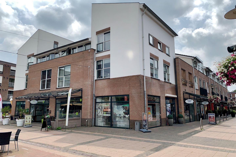 Bekijk foto 2 van Julianaplein 29