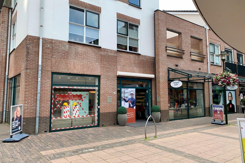Bekijk foto 3 van Julianaplein 29