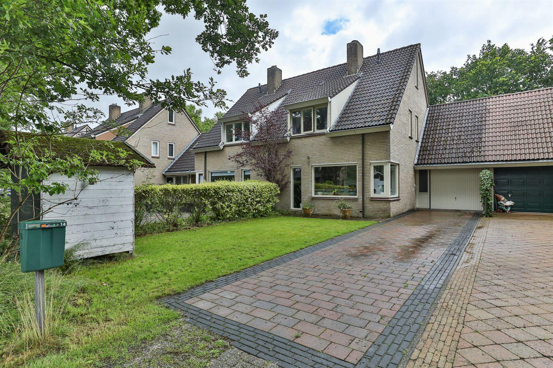 Bekijk foto 1 van Markiezenhof 14