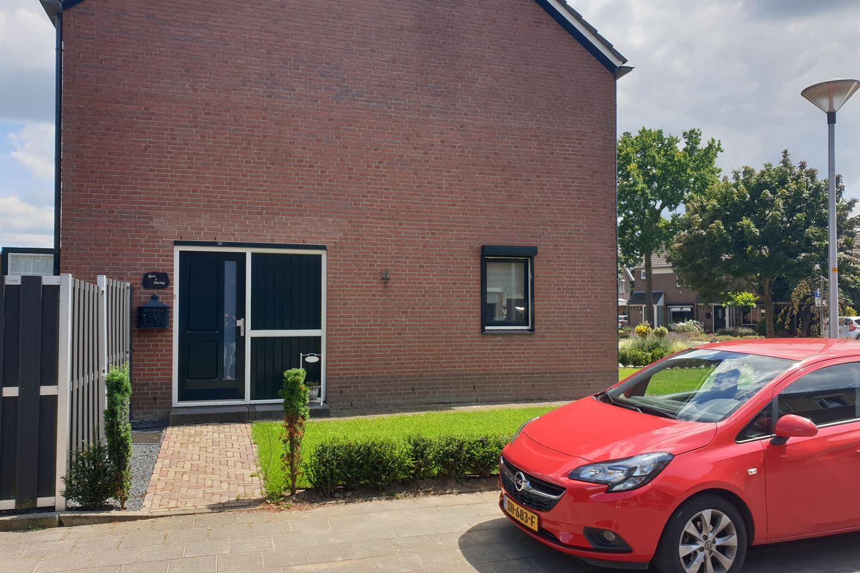 Bekijk foto 1 van Wilgenstraat 29