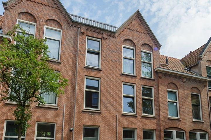 Cornelis Trompstraat 88
